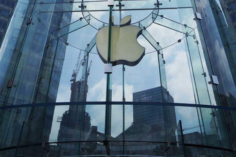 ¿Qué le depara a Apple tras caída de la venta del iPhone?