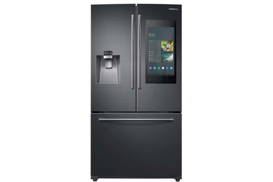 CES 2019   Samsung Family Hub Refrigerator