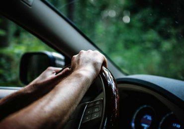 Tips para ahorrar gasolina mientras conduces