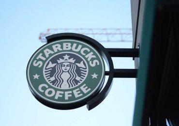 Estas son las lecciones de liderazgo que da Kevin Johnson, CEO de Starbucks
