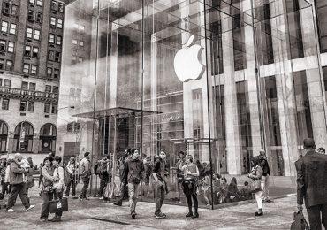 Apple tiene planeado incursionar en la banca junto a Goldman Sachs