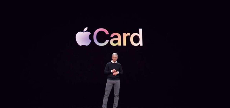 Tim Cook en la presentación de la Apple Card