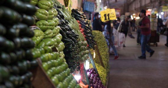 La Central de Abasto de la Ciudad de México es el mercado mayorista más grande del mundo, según la Unión Mundial de Mercados Mayoristas   Foto: Carlos Aranda