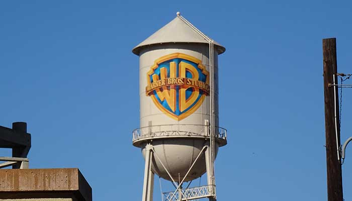 El CEO de Warner Brothers renunciará por conducta que consideran inapropiada