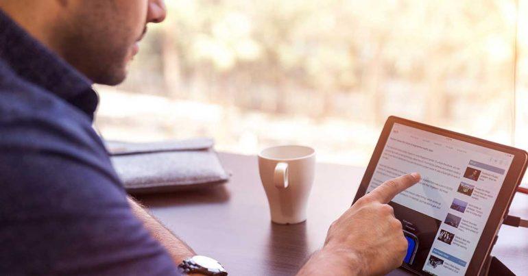 Un perfil de LinkedIn 'completo' tiene más probabilidades de obtener entrevistas: estudio | Foto: LinkedIn Sales Navigator en Unsplash