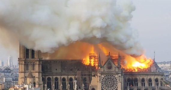 Incendio en la catedral de Notre-Dame | Foto: cortesía