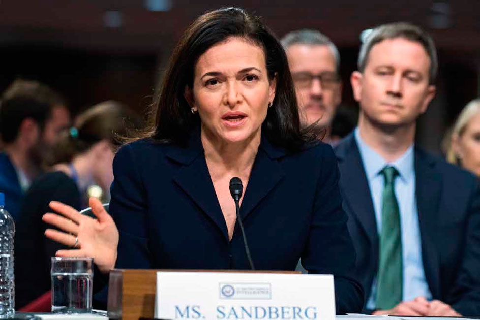 SHERYL SANDBERG EN SESIÓN DEL US SENATE SELECT COMITE ON INTELLIGENCE SOBRE LA INFLUENCIA EXTRANJERA DE REDES SOCIALES EN SEPTIEMBRE DE 2018 | FOTO: TOM WILLIAMS—CQ ROLL CALL/GETTY IMAGES