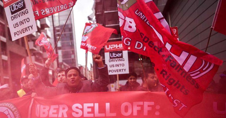 Protesta de conductores de Uber en Londres el 8 de mayo de 2019 en la víspera de la salida a la bolsa en NYC de la empresa | Foto: Peter Summers/Getty Images