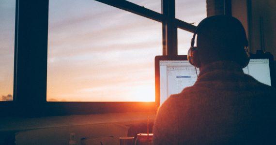 Ranking Fortune | Las 100 mejores compañías para trabajar 2019: #81-100 | Foto: Christin Hume en Unsplash