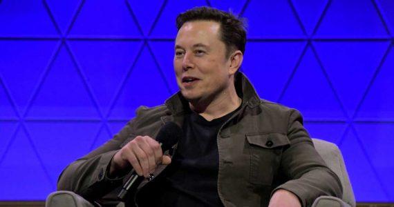 Elon Musk avisa que borra su cuenta de Twitter en un tuit en su cuenta aún activa | Foto: Getty Images