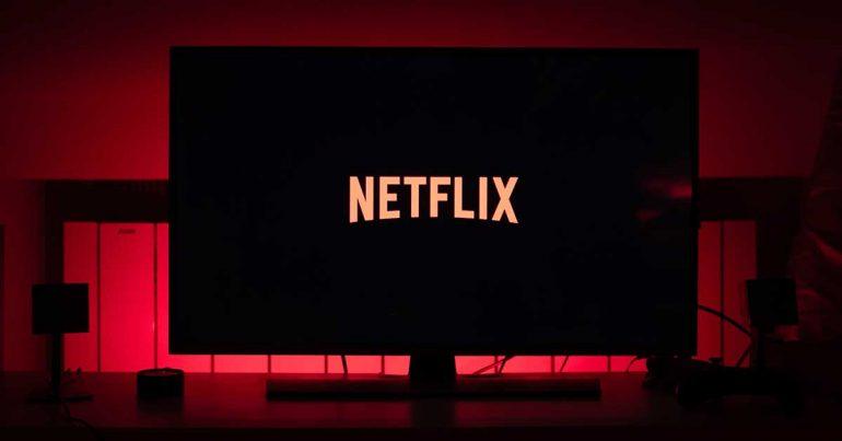 Netflix | Foto: Thibault Penin en Unsplash