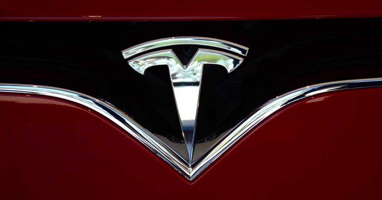Tesla incrementa los precios de sus autos premium y baja el del Modelo 3   Foto: Getty Images
