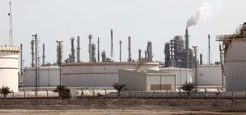 La mitad de producción de crudo saudita se suspende por un mes: S&P Platts   Foto: Getty Images