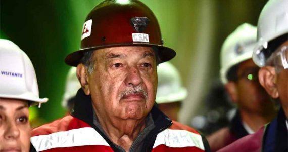 Carlos Slim en la inauguración del Túnel Emisor Oriente | Foto: Presidencia