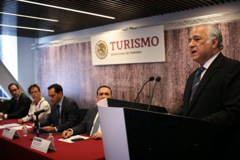 Miguel Torruco en conferencia de prensa |Foto: Twitter de la Secretaría de Turismo