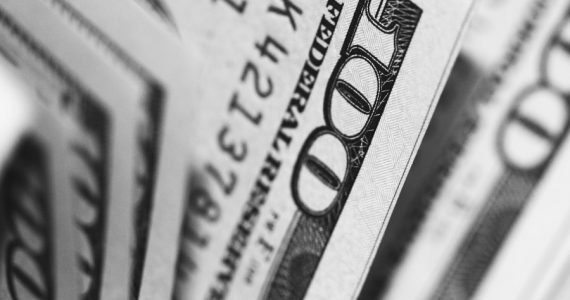 Dólares | Foto: Pepi Stojanovski en Unsplash
