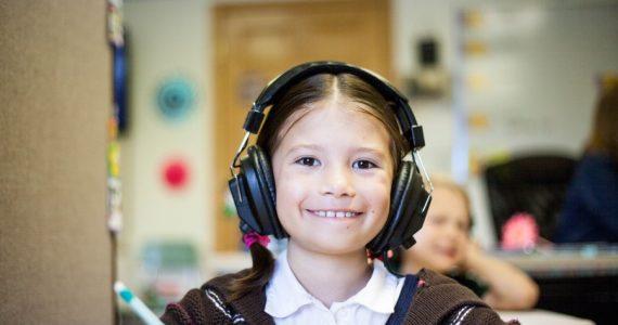 El Día Internacional de las Niñas en las TIC inició en 2010   Foto: Unsplash
