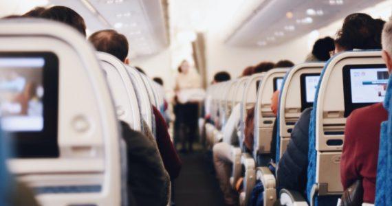 El transporte aéreo ha recibido un duro golpe en sus actividades por la pandemia.  Foto: Unsplash