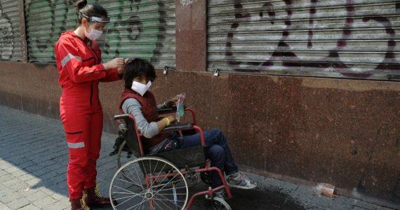 La ONG afirma que ha crecido la violencia contra los indigentes. | Foto: AFP