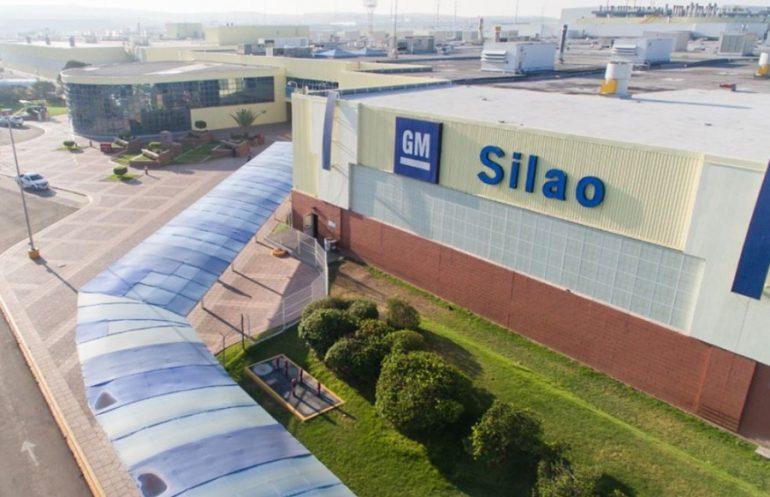 En Silao se fabrican las pickups Chevrolet Silverado y Cheyenne. | Foto: General Motors