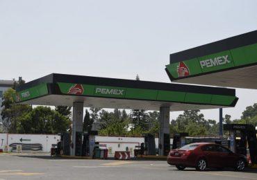La gasolina de bajo octanaje fue de los productos que más subieron. | Foto: AFP